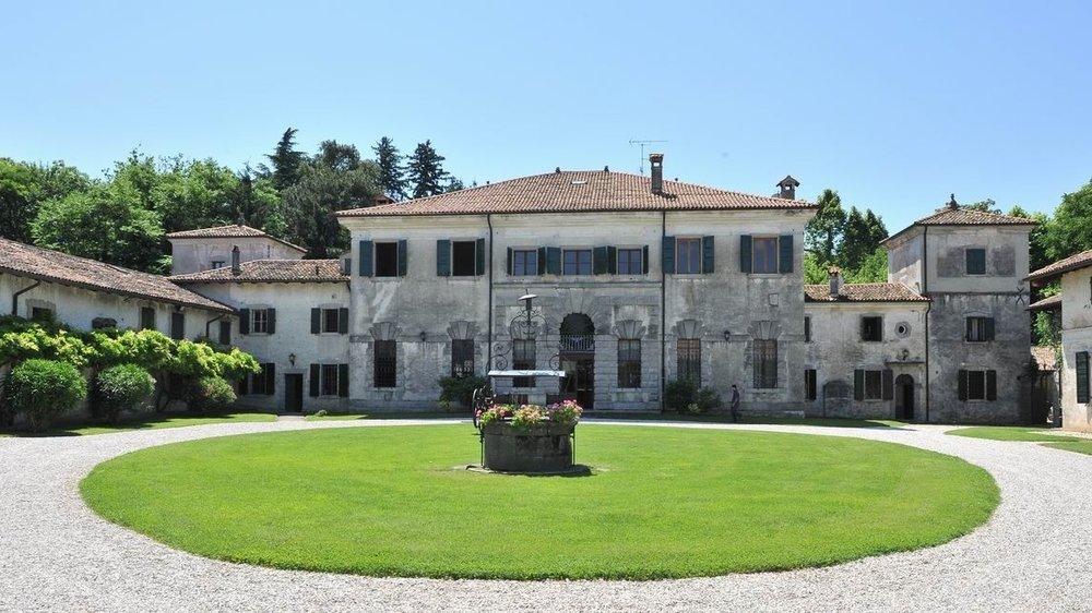 Villa de Puppi.jpg