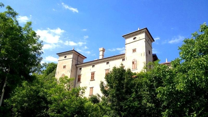 Castello Di Rubbia.jpg