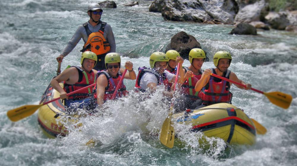Rafting 2.png