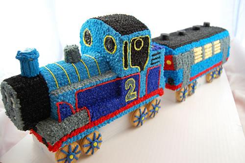 Train_Cake_1_fs_tmb.jpg