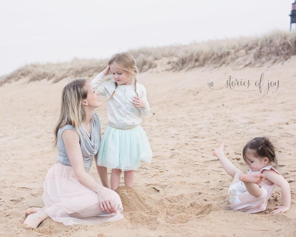 mother-children-beach-photo-session-vero-beach-photographer-5.jpg