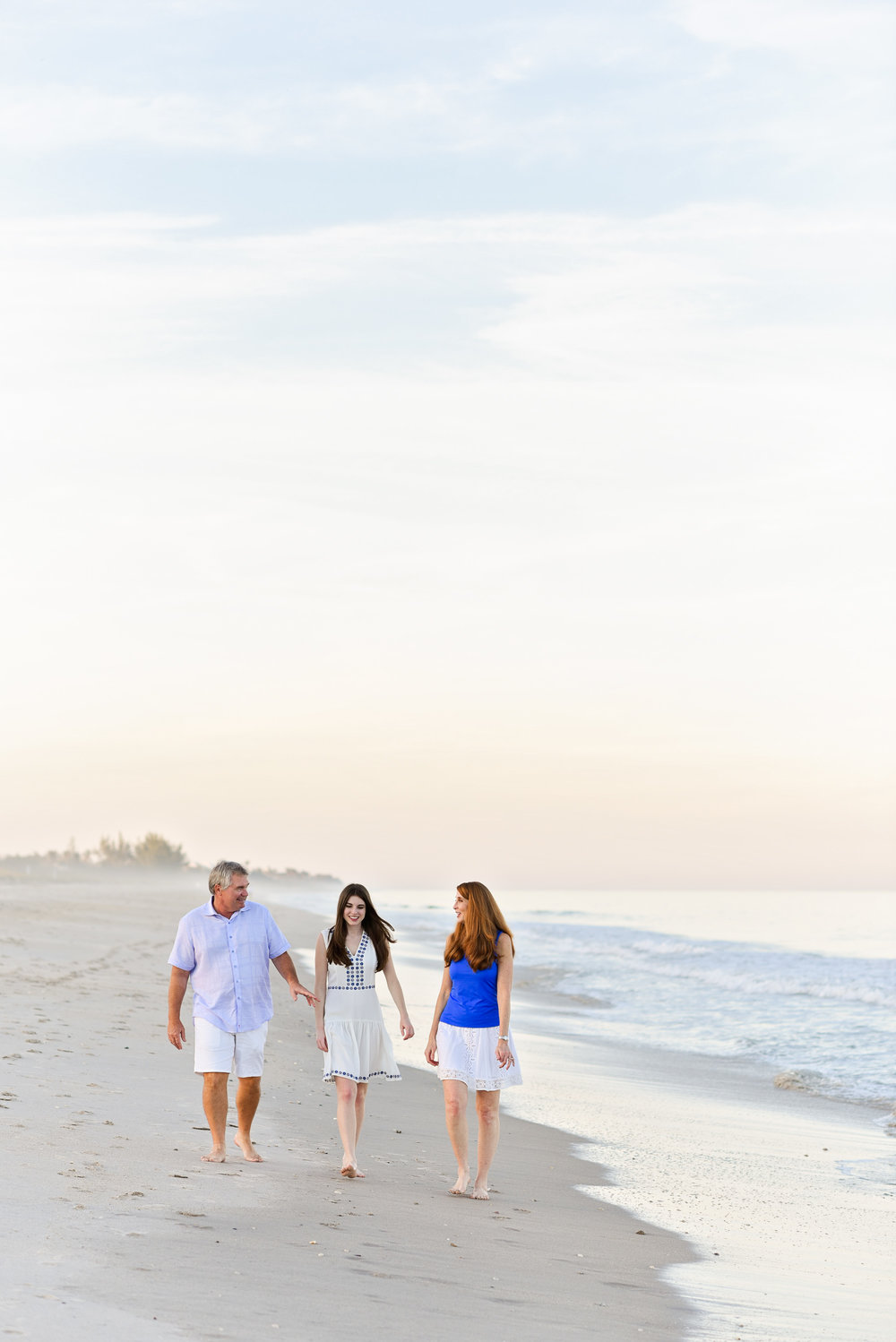 vero-beach-photographer-beach-session-4.jpg