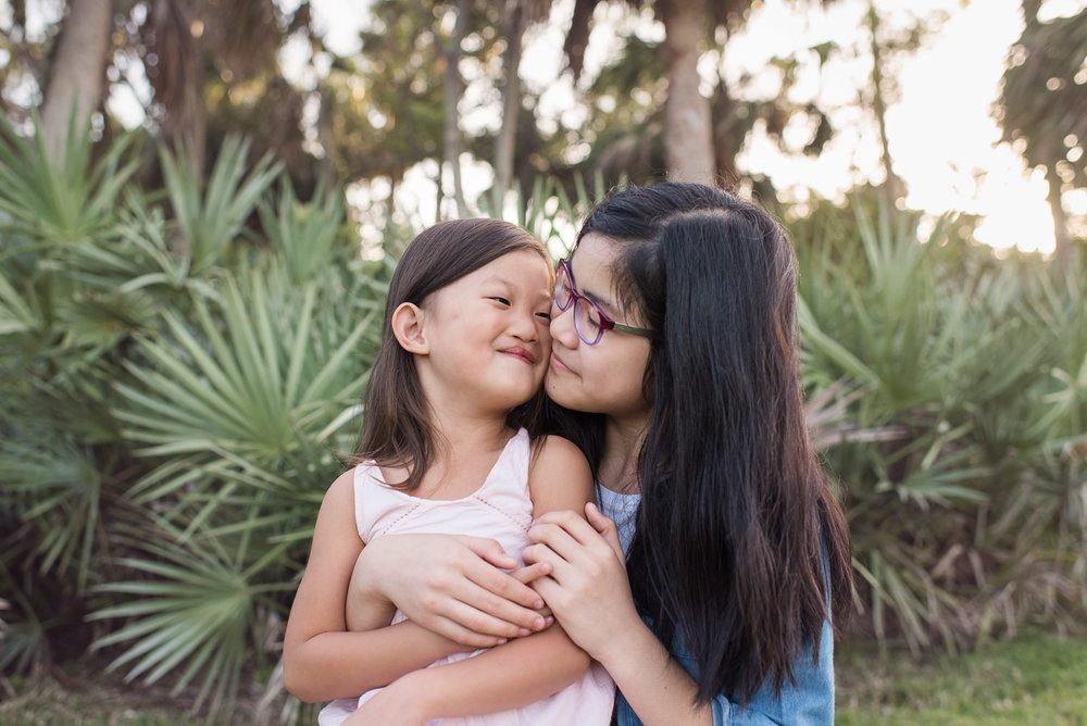 portrait-girls-sisters-vero-beach.jpg