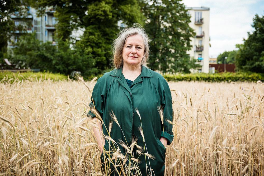 Grenzerfahrung : im Gespräch mit Augenzeugin, Aktivistin und Autorin  Doris Liebermann  in Berlin.