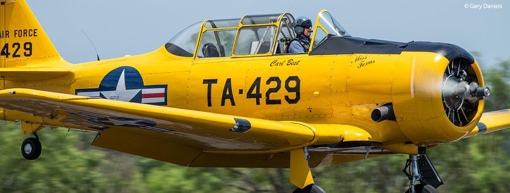 Carl Best: T6 Texan, WWII Warbird
