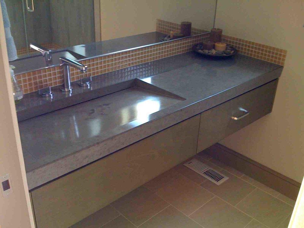 decorating concrete sink.jpg
