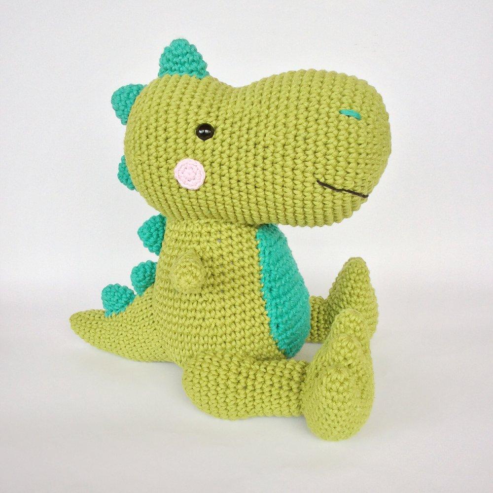 Dino T-Rex - receita de Miles of Crochet