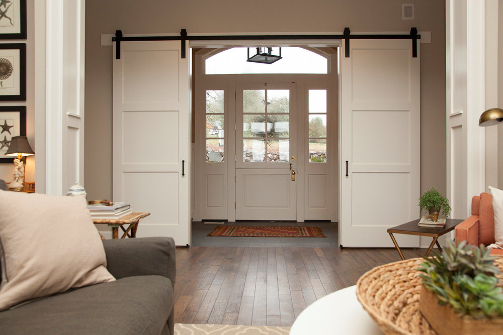 We Bring the Moulding & Door Showroom to Your Home!    FREE ESTIMATE