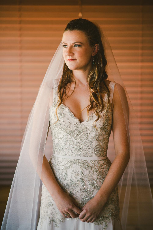 01-Bridal-Prep-142-7617.jpg
