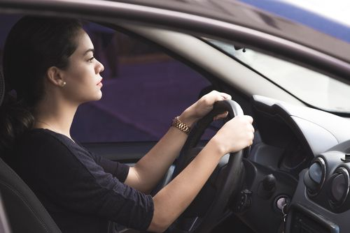 10469638_mindful-driving-in-the-christmas-rush_38544140_m.jpg