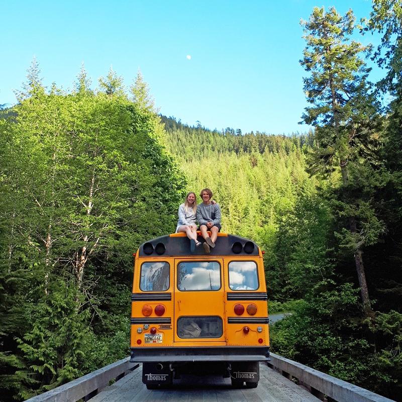 van-isle-bus.jpg