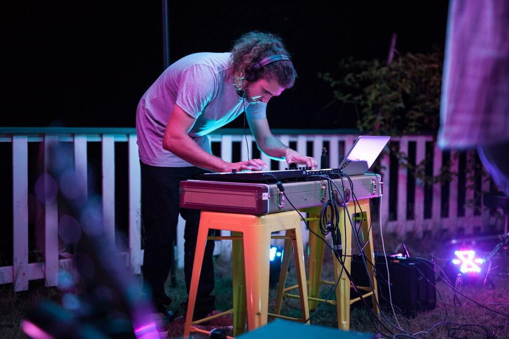 forest_run-house-concert-bli_bli-photographer-cynthia_lee-2.jpg