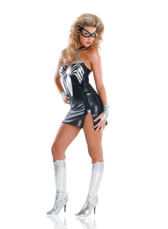Entertainment_Women-of-Marvel-Fashion_Art_Director_Designer_Bryan_Barnes_1500_SL8.jpg