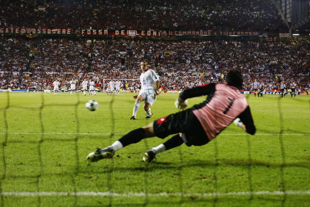 This keeper couldn't read the penalty taker, but you can read the best weekly football writing.