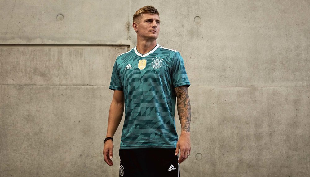 germany-away-shirt-2018-9.jpg