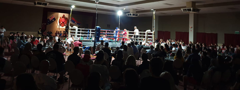 FIGHT TEAM.     CHALLENGE YOURSELF   HOME OF STATE, NATIONAL & GOLDEN GLOVE CHAMPIONS   GET STARTED