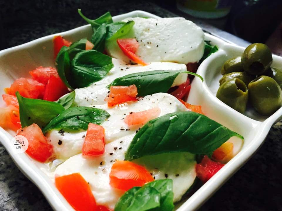 -easy-caprese-salad