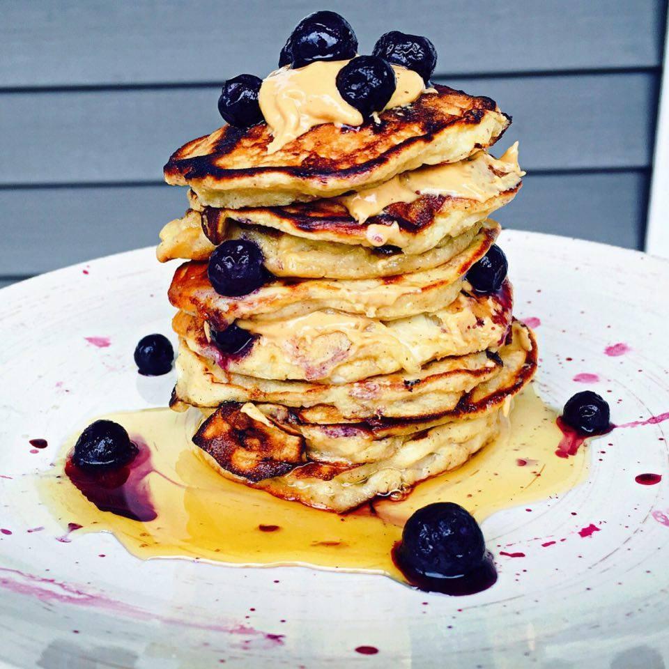 fluffy-banana-oat-pancakes