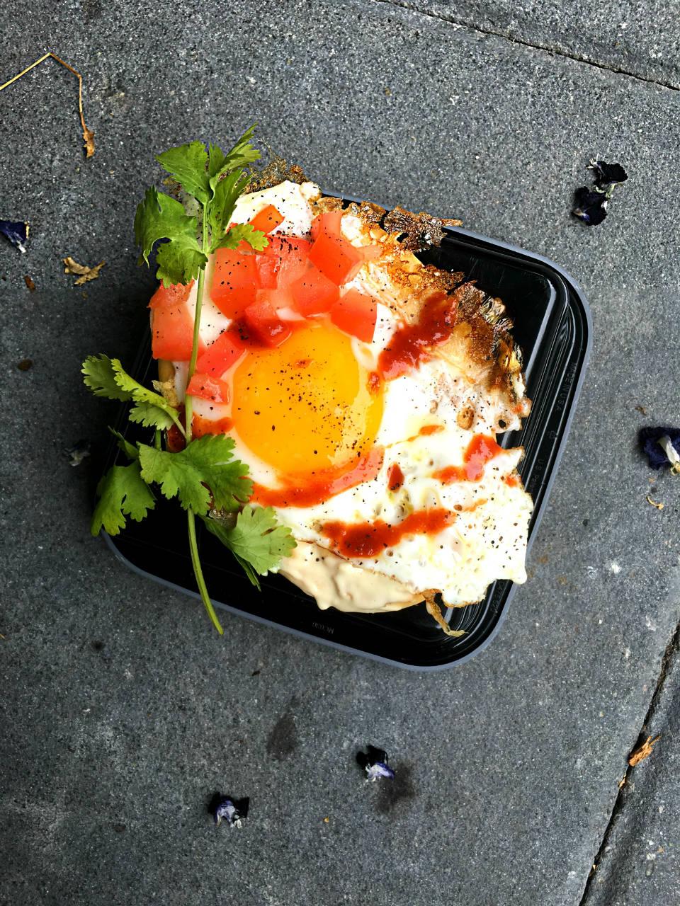 fried-egg-naan-breakfast
