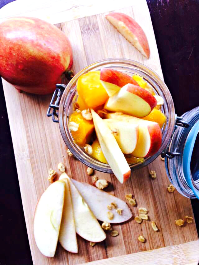 mango-apple-granola.jpg
