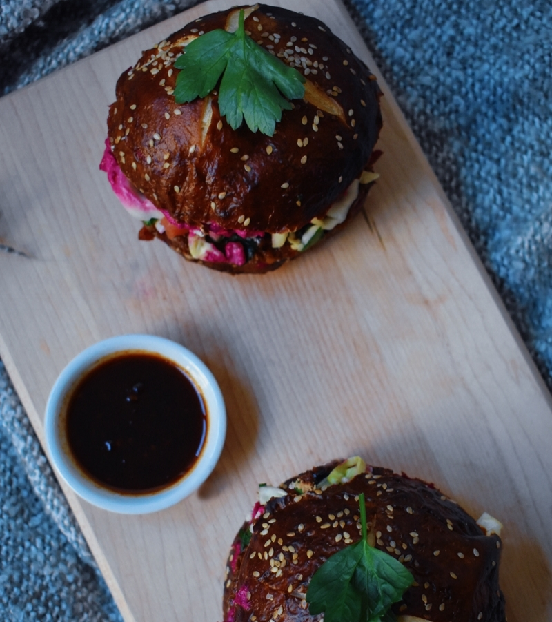 vegan-beet-bbq-burger.jpg