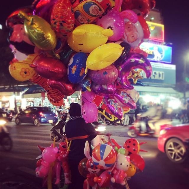 balloonlady.jpg