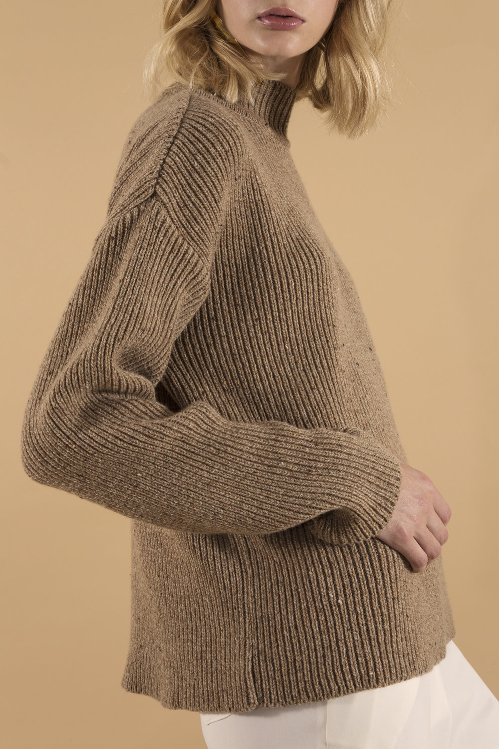 Philippa sweater camel, close up.jpg