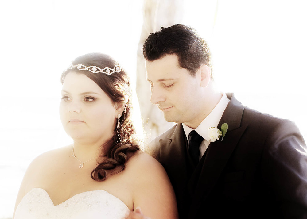 Classic bride and her gorgeous groom @ kingfisher bay island resort, hervey bay
