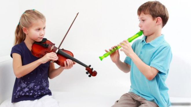 _76816966_children_playing_instruments (1) edit.jpg