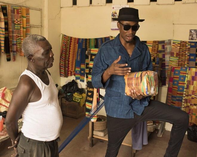 "<a href=""https://www.vogue.com/article/afrobeats-kente-cloth-ghana-el"" target=""_Blank"">VOGUE</a>"