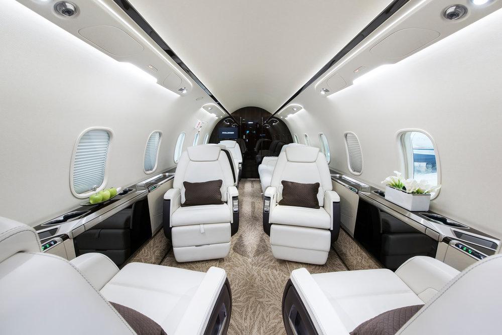 Challenger-350-Flightforce-Business-Aviation-cabin].jpg