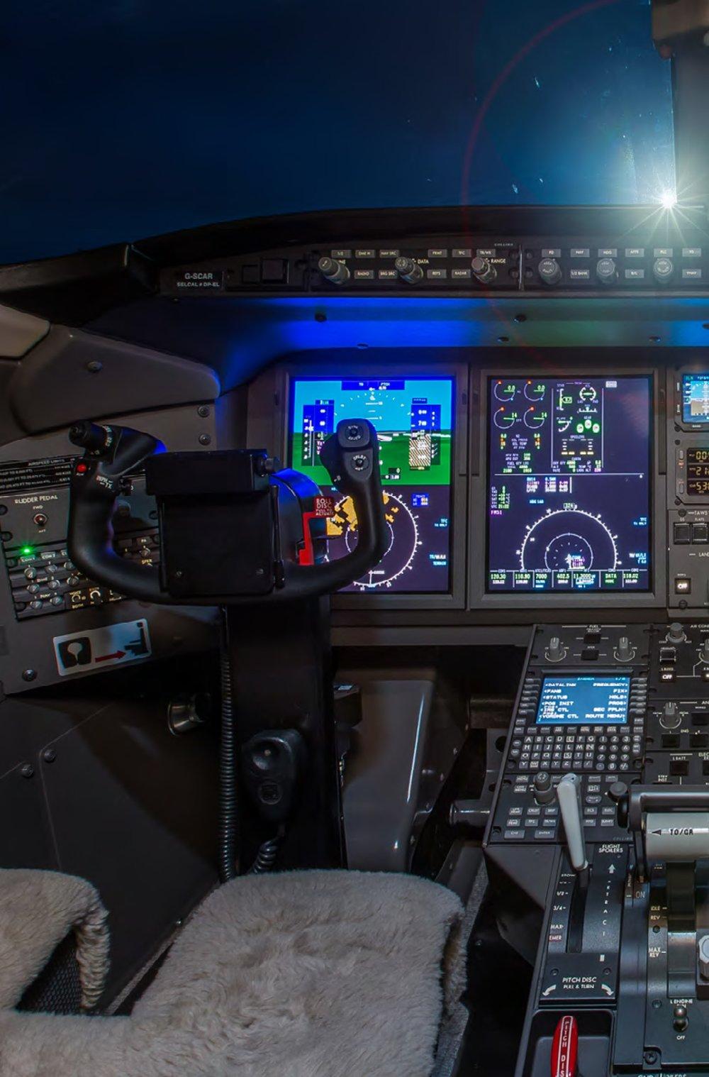 Challenger 350-4-min.jpg