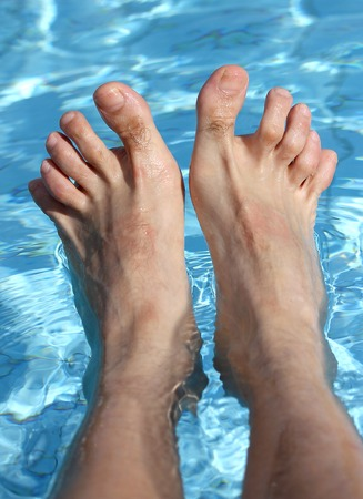 29578942_S-water_man_feet_hammer_toes_pool_feet_ankles_soak.jpg