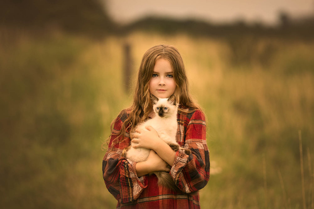 Child Portrait - Girl with cat.jpg
