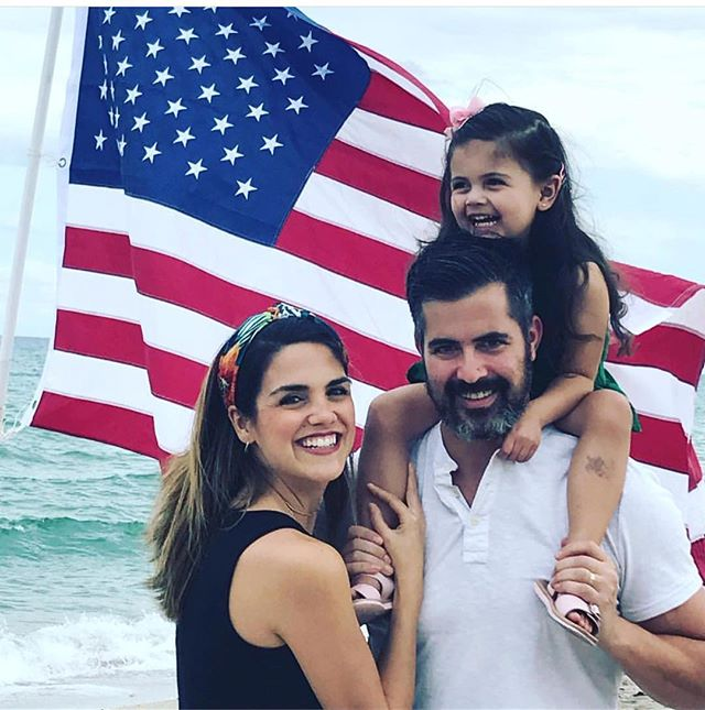 Happy Thanksgiving from the Leens. Give thanks to all of those people who make your days a little bit better. Also take time to show gratitude to your fellow man. #miamibaby #turkeyday #heyjetsetbaby #proudamericans
