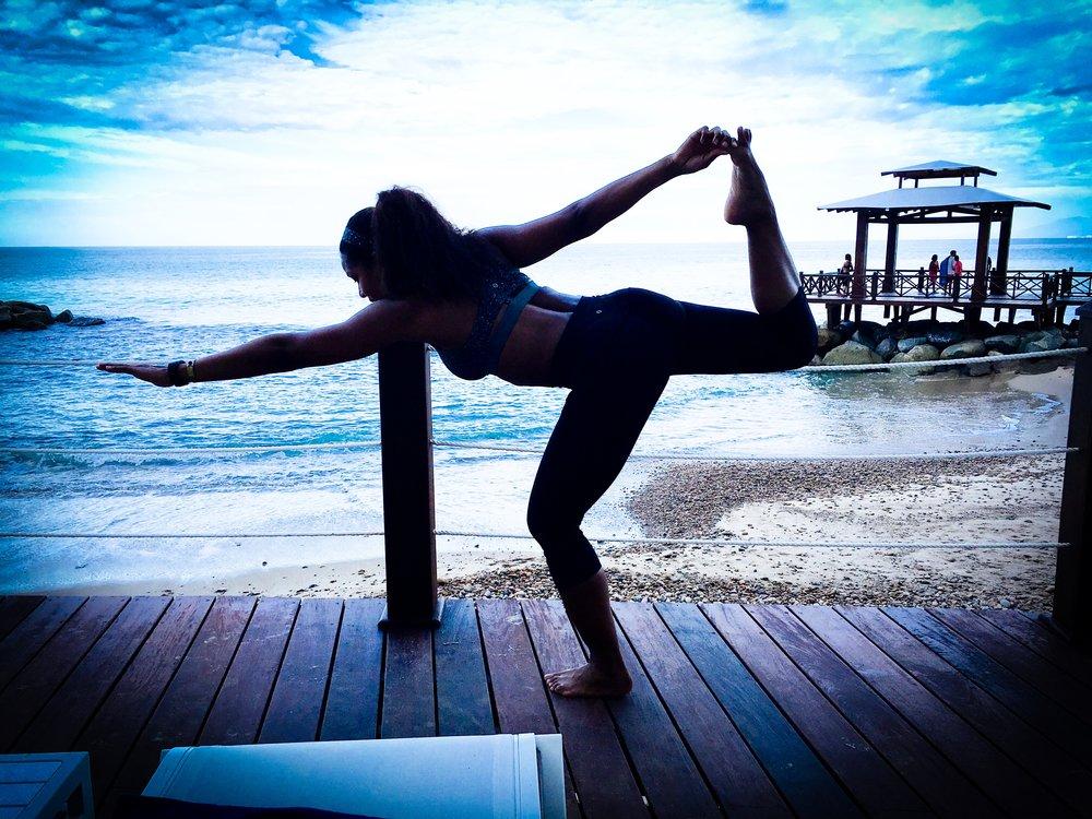 samantha_yoga