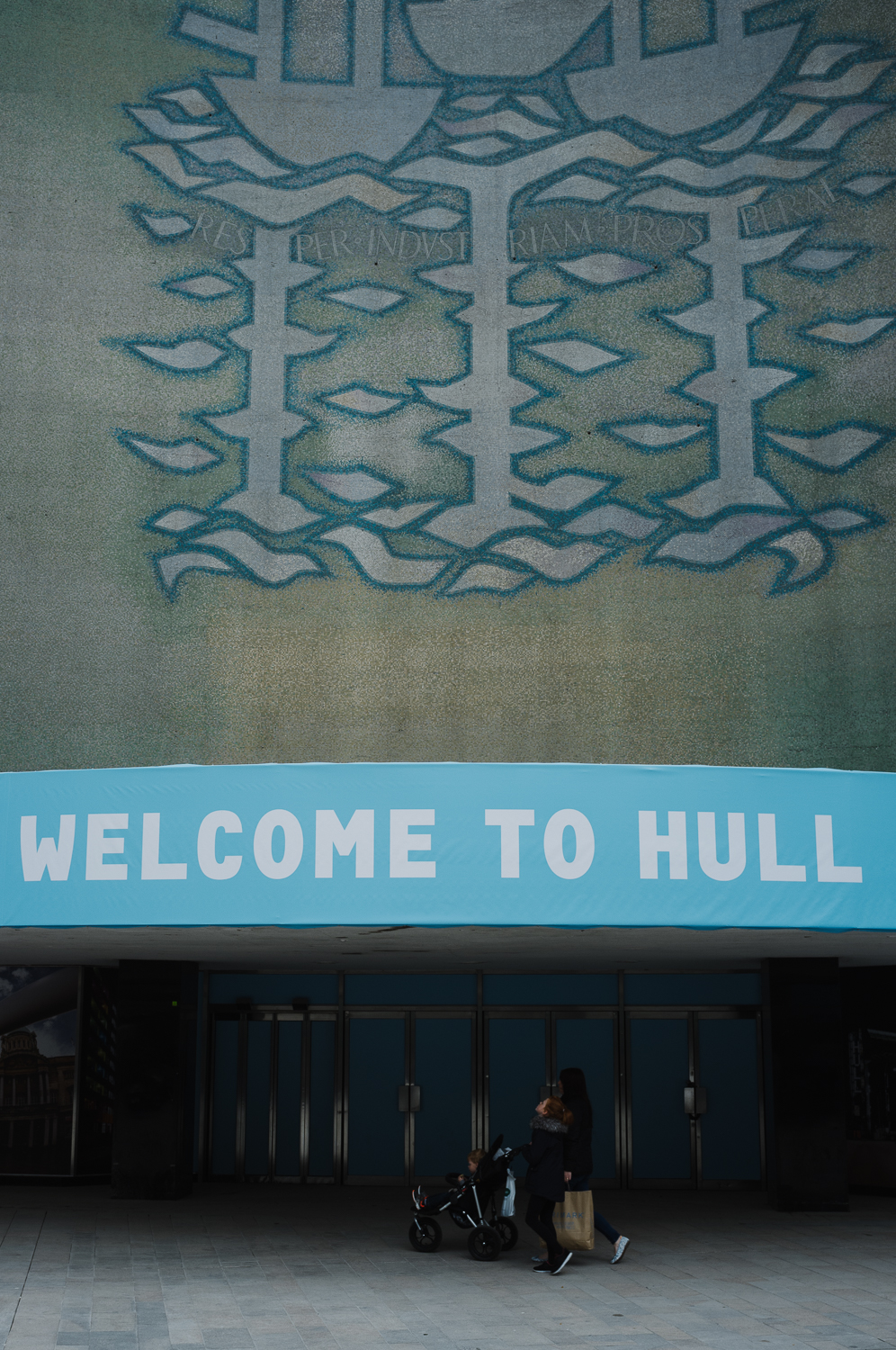 Leave_London_Behind_Hull-27.jpg