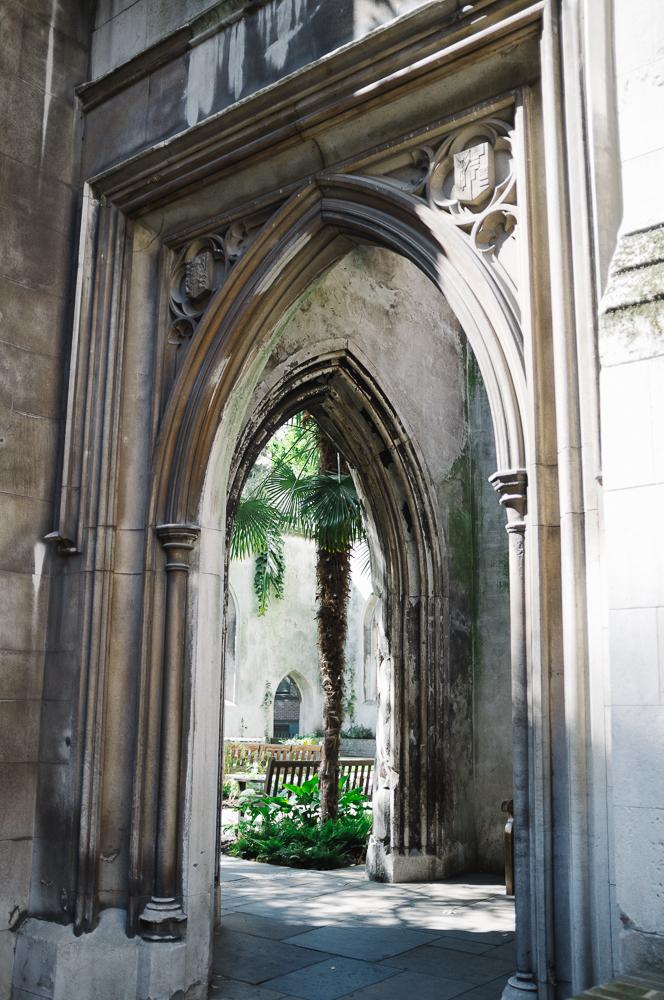 LeaveLondonBehind_secret_gardens-9.jpg
