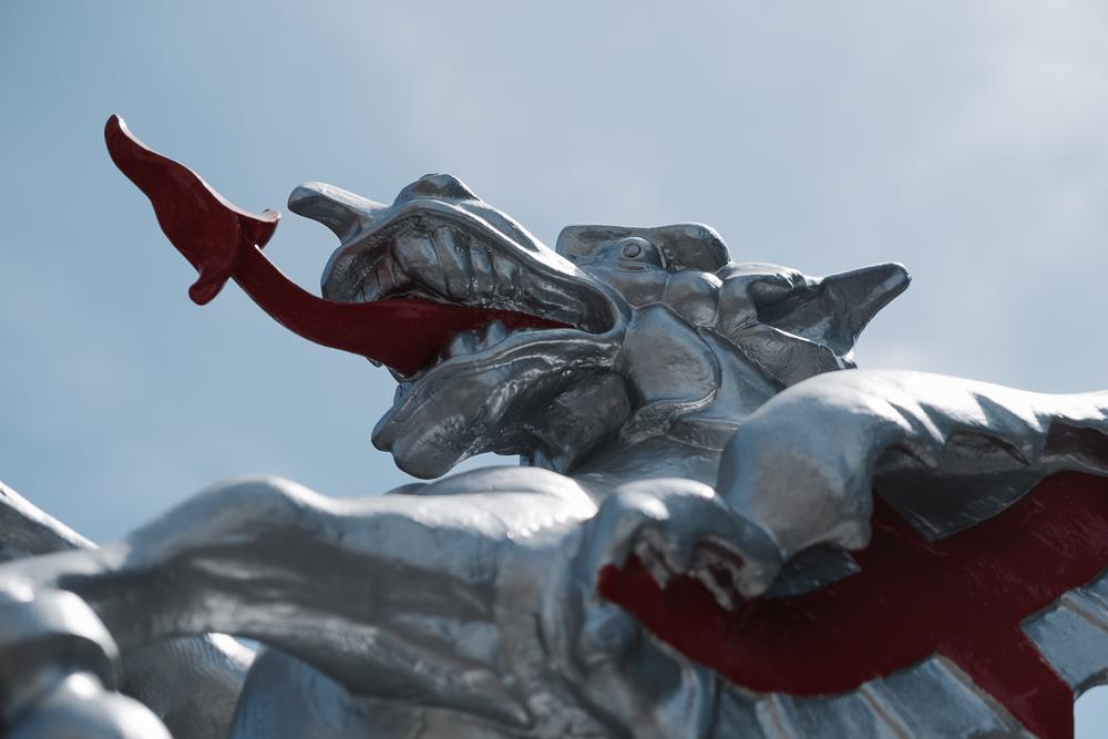 leave_london_behind_dragons_open-1.jpg