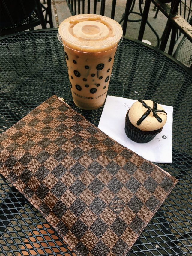 GEORGETOWN CUPCAKES- PEANUT BUTTER FUDGE