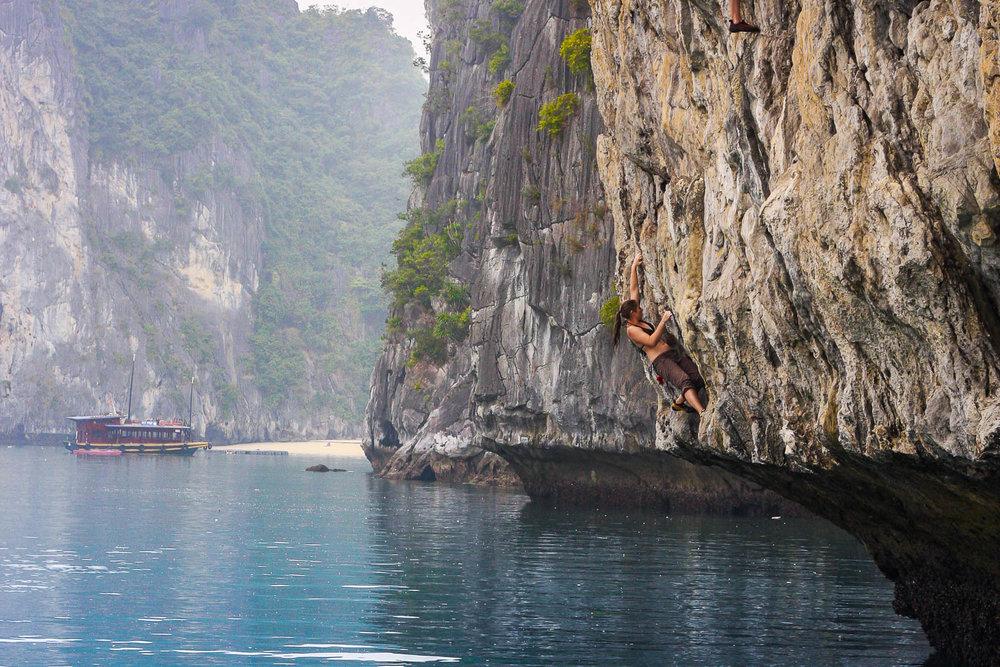 Deep water soloing, Vietnam