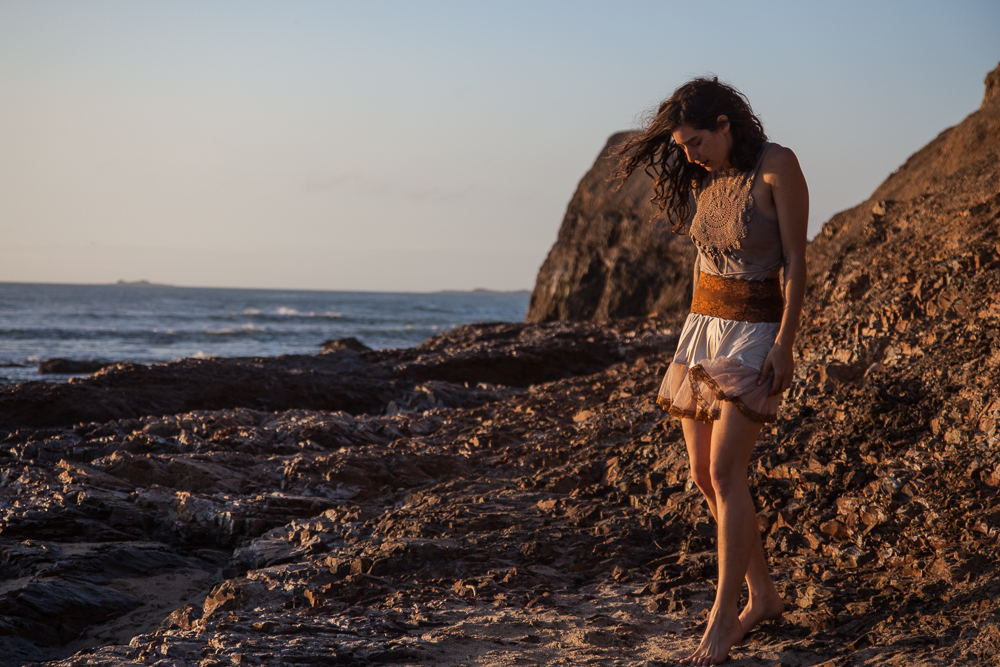 11.18.16 Arielle Greygound Rock-456.jpg