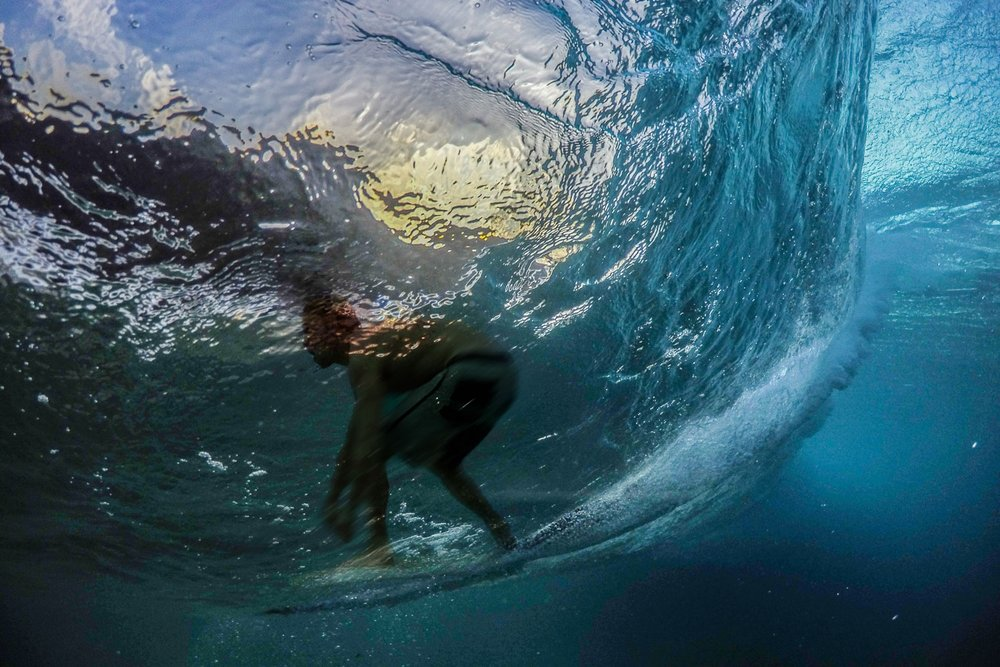 Surfer through the window, Hawaii