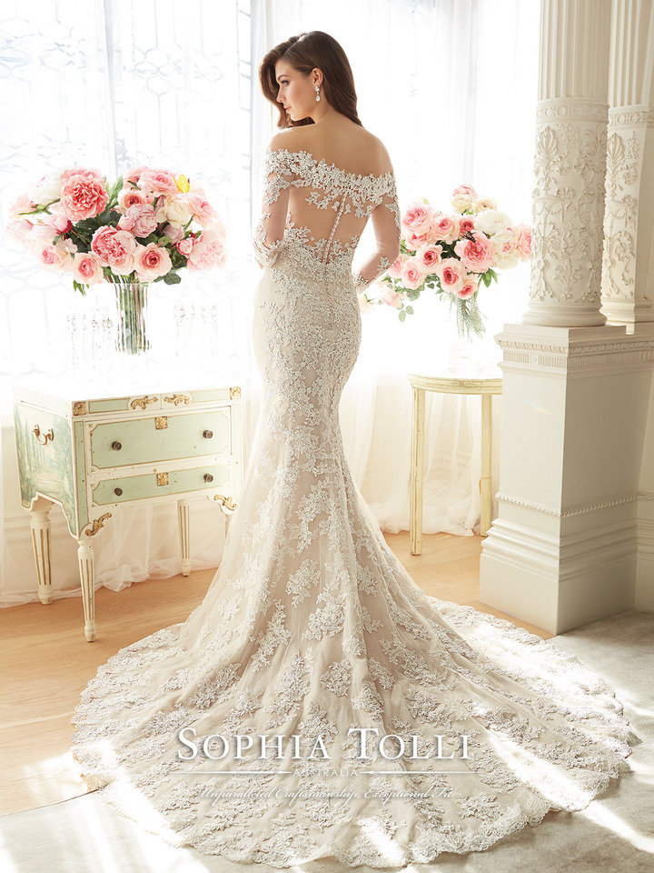 Y11632bk LaceWeddingDresses.jpeg