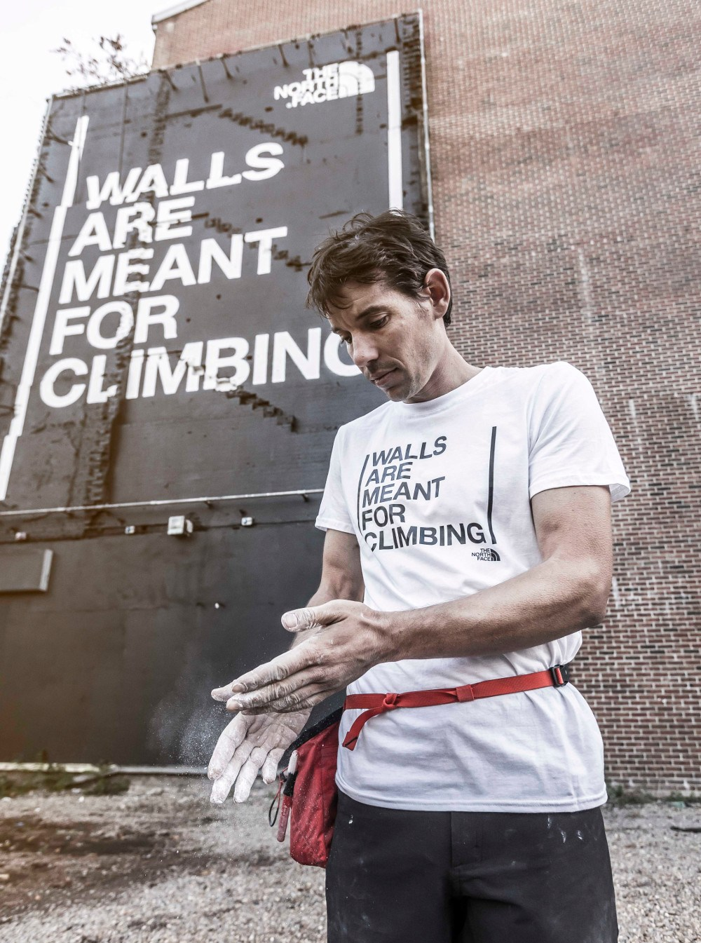 Walls-are-meant-for-climbing-2-1.jpg