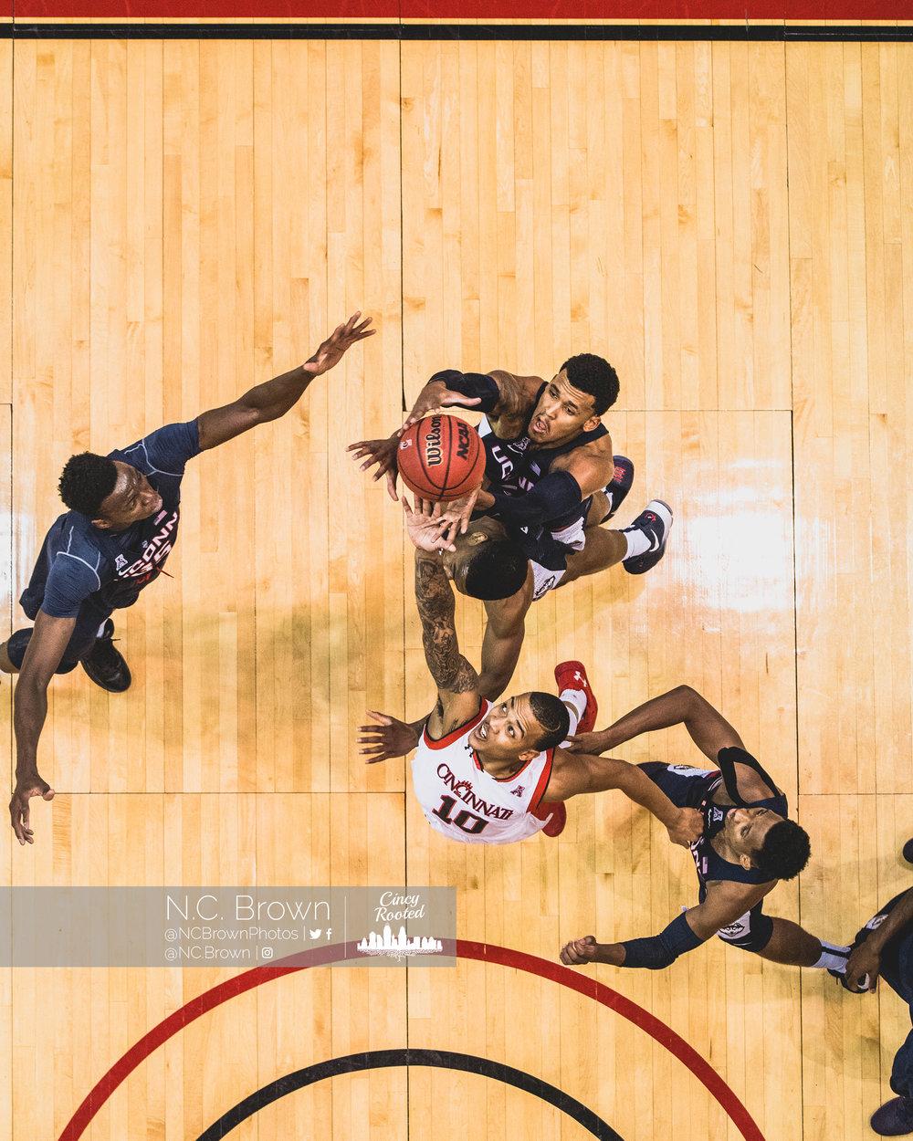 UC vs UConn - 2-4-17_010.jpg