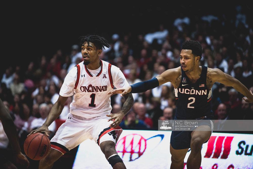 UC vs UConn - 2-4-17_049.jpg
