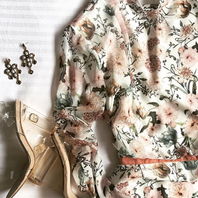 ✖️FLORAL✖️ excited to wear this ensemble tonight for @sincerely.sarah 30TH 💕 #blush #floral #autumnfashion #canberra #thebig30 #makeupinspo #camillaandmarc marc