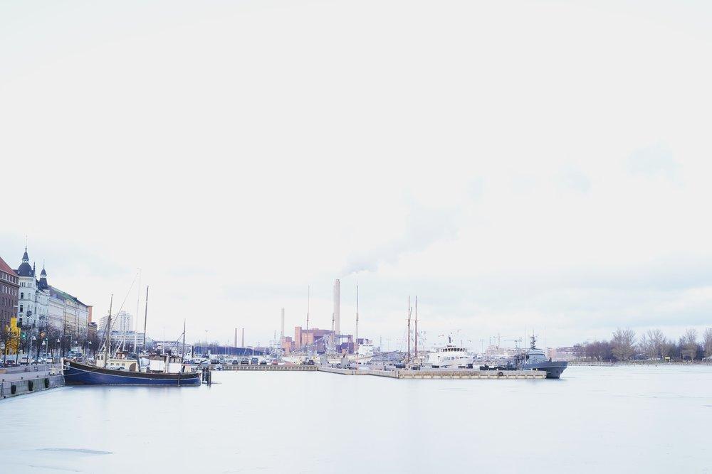 Helsinki-Harbour-Rucksack-Magazine