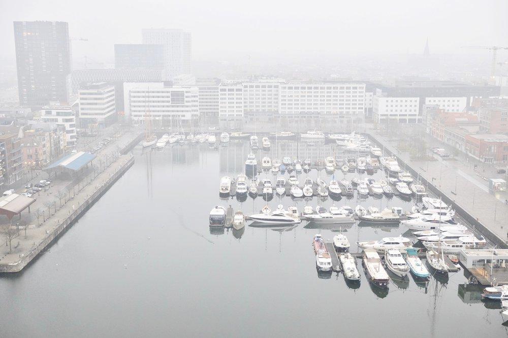 Antwerp-Port-Rucksack-Magazine